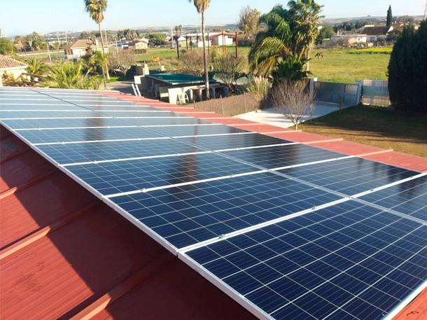 placas solares de una casa
