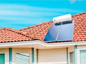 placas solares térmicas sobre un tejado